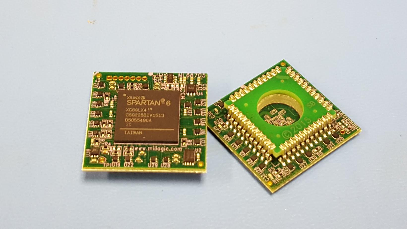ML68705-EM-PL44 : 68705 pin compatible emulator